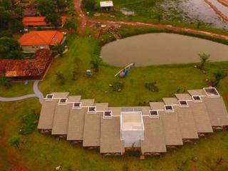 Vista área da Pousada Piuval no Pantanal